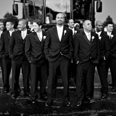 classic chicago wedding at st. linus church