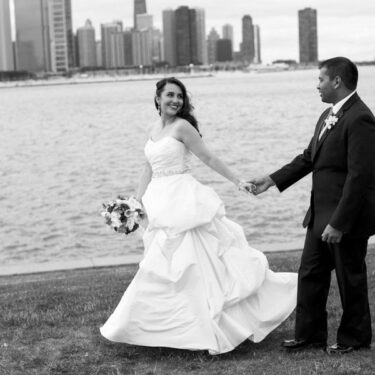 elegant chicago wedding at adler planetarium.